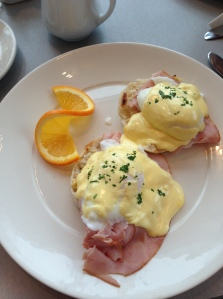 yummy Eggs Benedict at The Park Cafe...